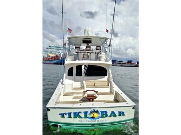 Stern 2014 VIKING 66 Convertible Sport Fisherman 2562184
