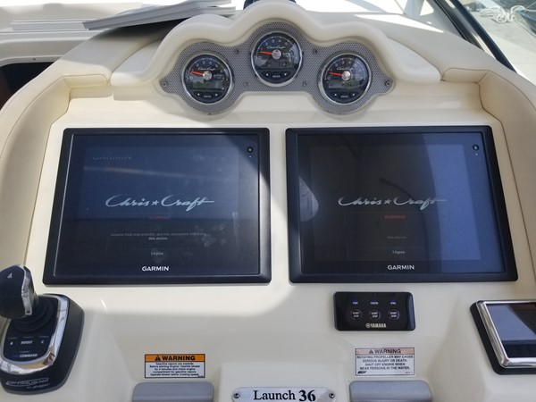 2016 CHRIS CRAFT Launch Heritage Edition Deck Boat 2559706
