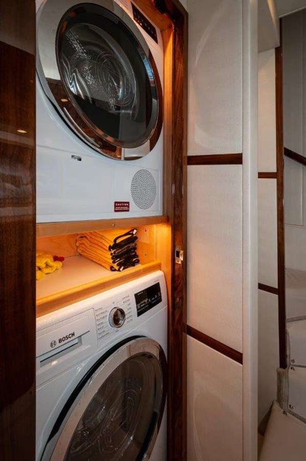2019 68 Viking Convertible - Laundry 2019 VIKING 68 Convertible Sport Fisherman 2560080