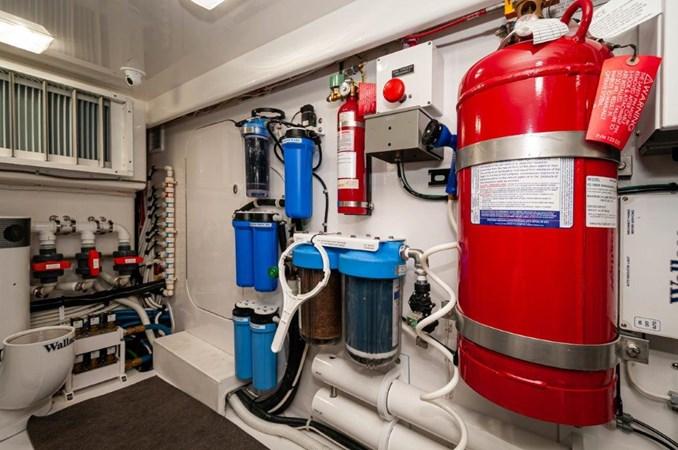 2019 68 Viking Convertible - Engine Room-3 2019 VIKING 68 Convertible Sport Fisherman 2560101