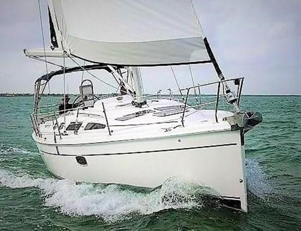 2008 HUNTER 36 Cruising Sailboat 2560577