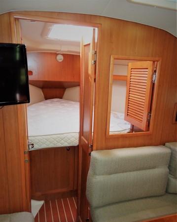2008 HUNTER 36 Cruising Sailboat 2560581