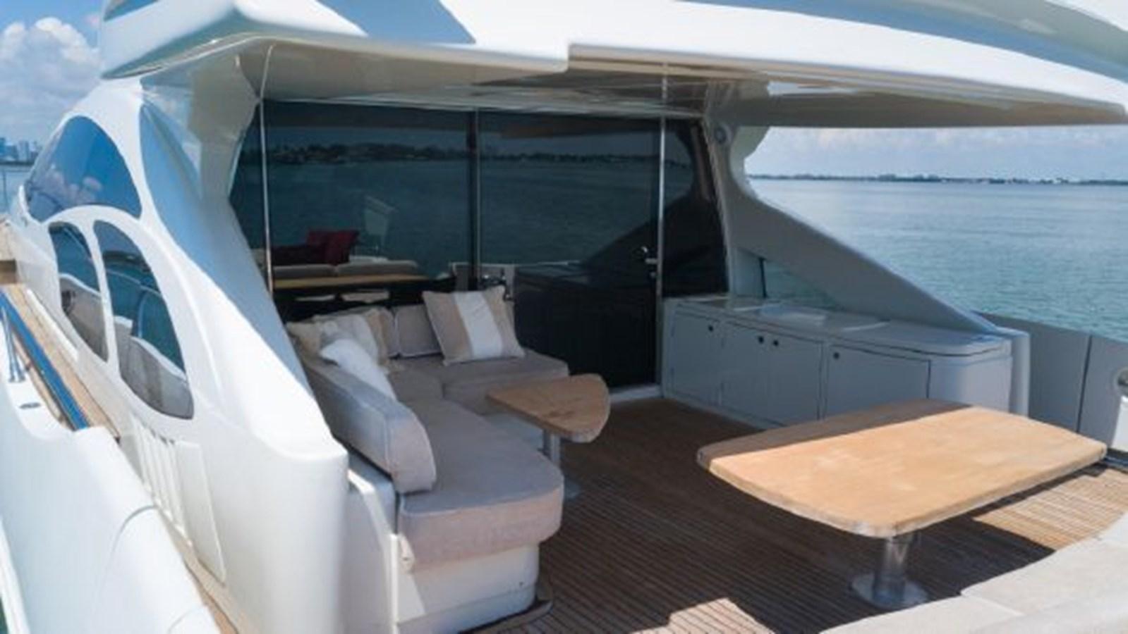 38 2008 AZIMUT 86S Mega Yacht 2713619