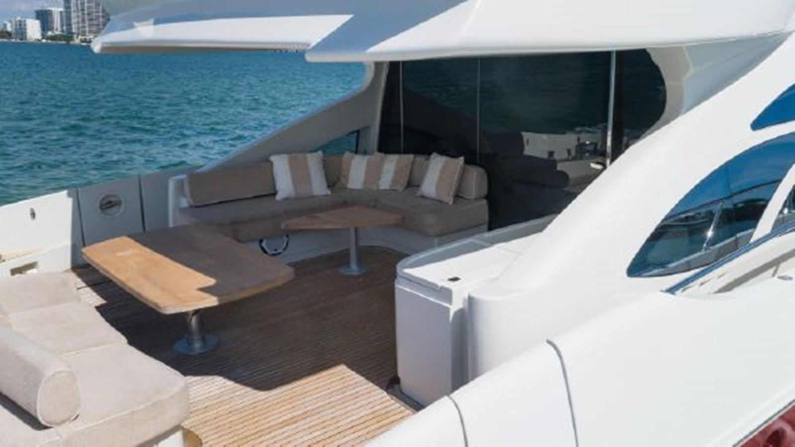 37 2008 AZIMUT 86S Mega Yacht 2713621