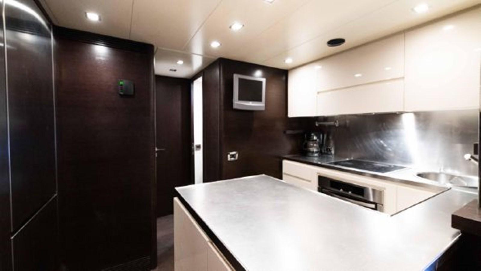 72 Galley 2008 AZIMUT 86S Mega Yacht 2713628