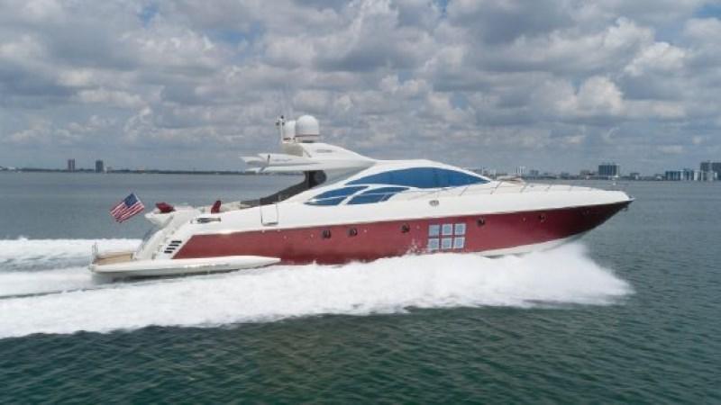 Scarlet 2008 AZIMUT 86S Mega Yacht 2713576