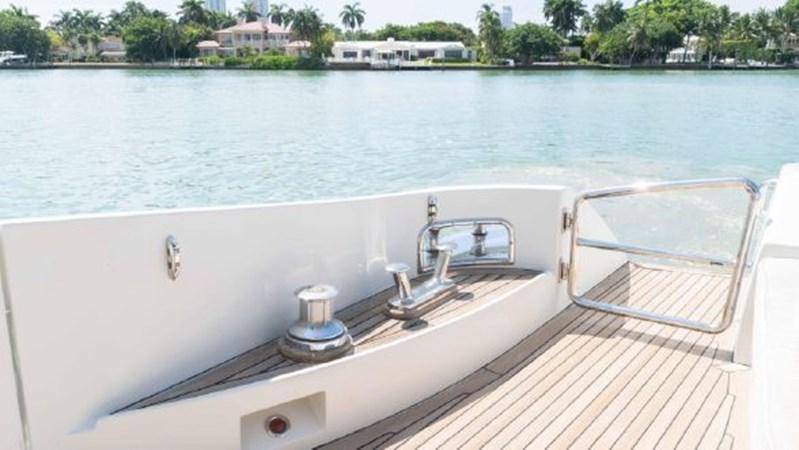 43 2008 AZIMUT 86S Mega Yacht 2713627