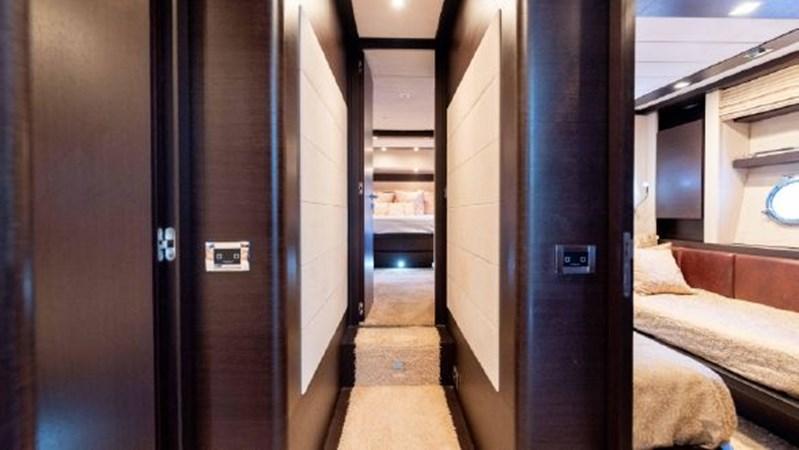 48 2008 AZIMUT 86S Mega Yacht 2713631