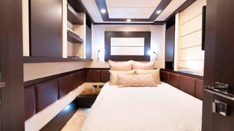 49 2008 AZIMUT 86S Mega Yacht 2713633