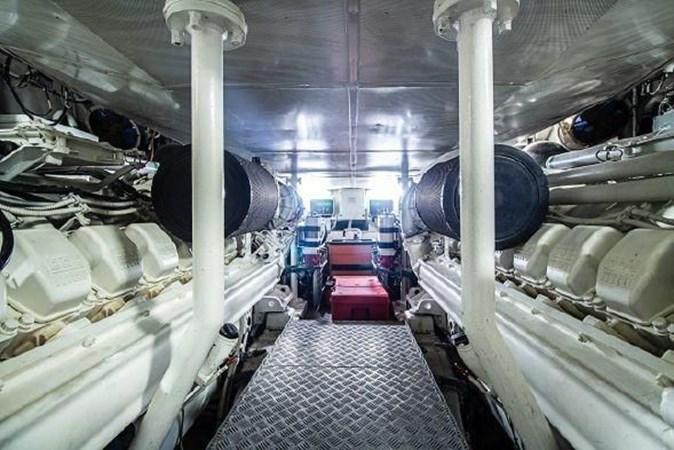 77 2008 AZIMUT 86S Mega Yacht 2713646