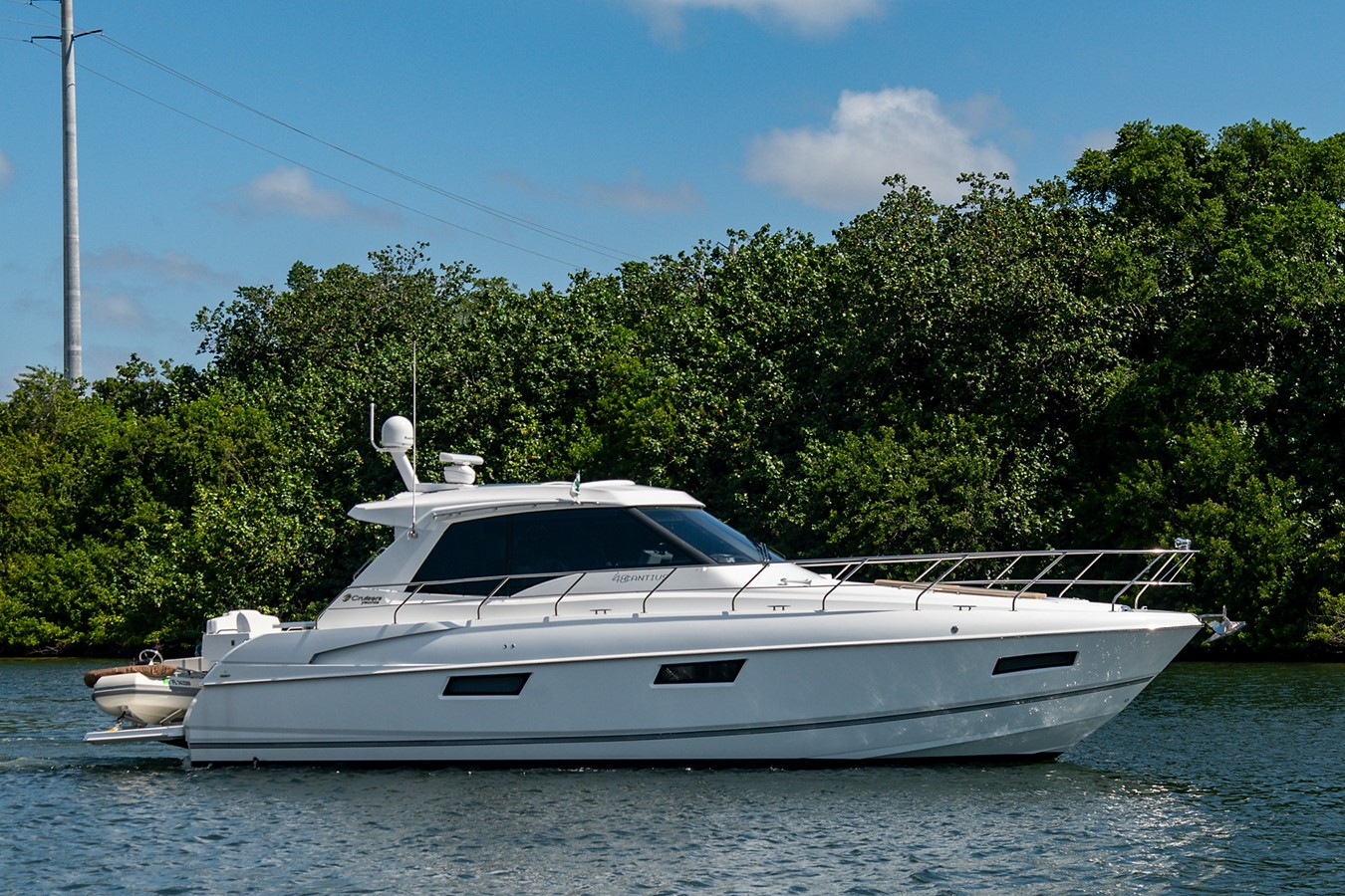Starboard Profile 2011 CRUISERS YACHTS Cantius Cruiser 2564041