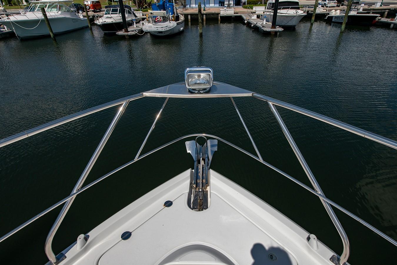 Bow Anchor Windlass 2011 CRUISERS YACHTS Cantius Cruiser 2564080