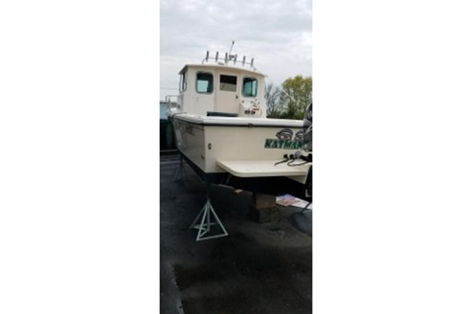 Iyacht20190520_084905 2008 PARKER MARINE 2520 XL Cruiser 2562008