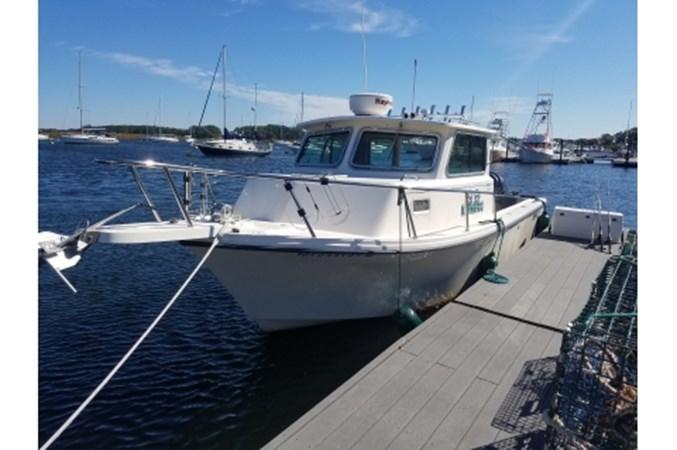 yacht2017-10-0211.36.28 2008 PARKER MARINE 2520 XL Cruiser 2562010