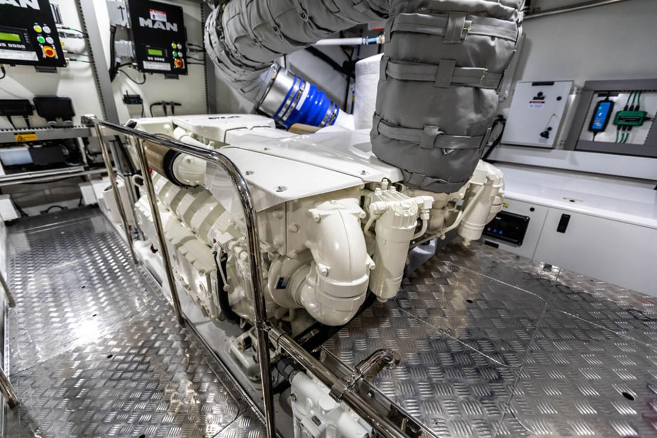 2019 PEARL MOTOR YACHTS Pearl 80 Motor Yacht 2615288