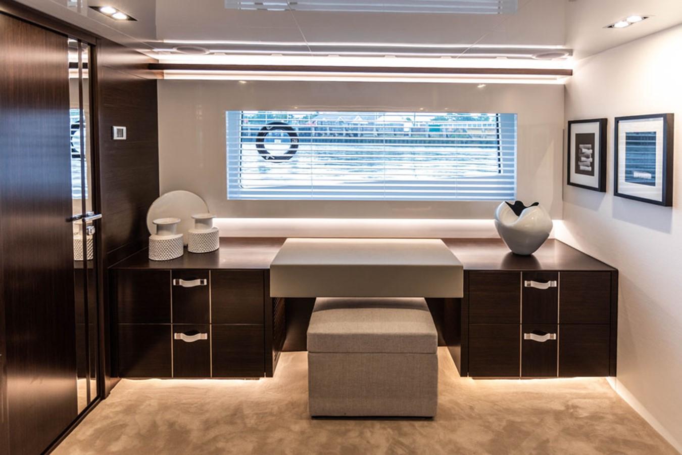 2019 PEARL MOTOR YACHTS Pearl 80 Motor Yacht 2615307