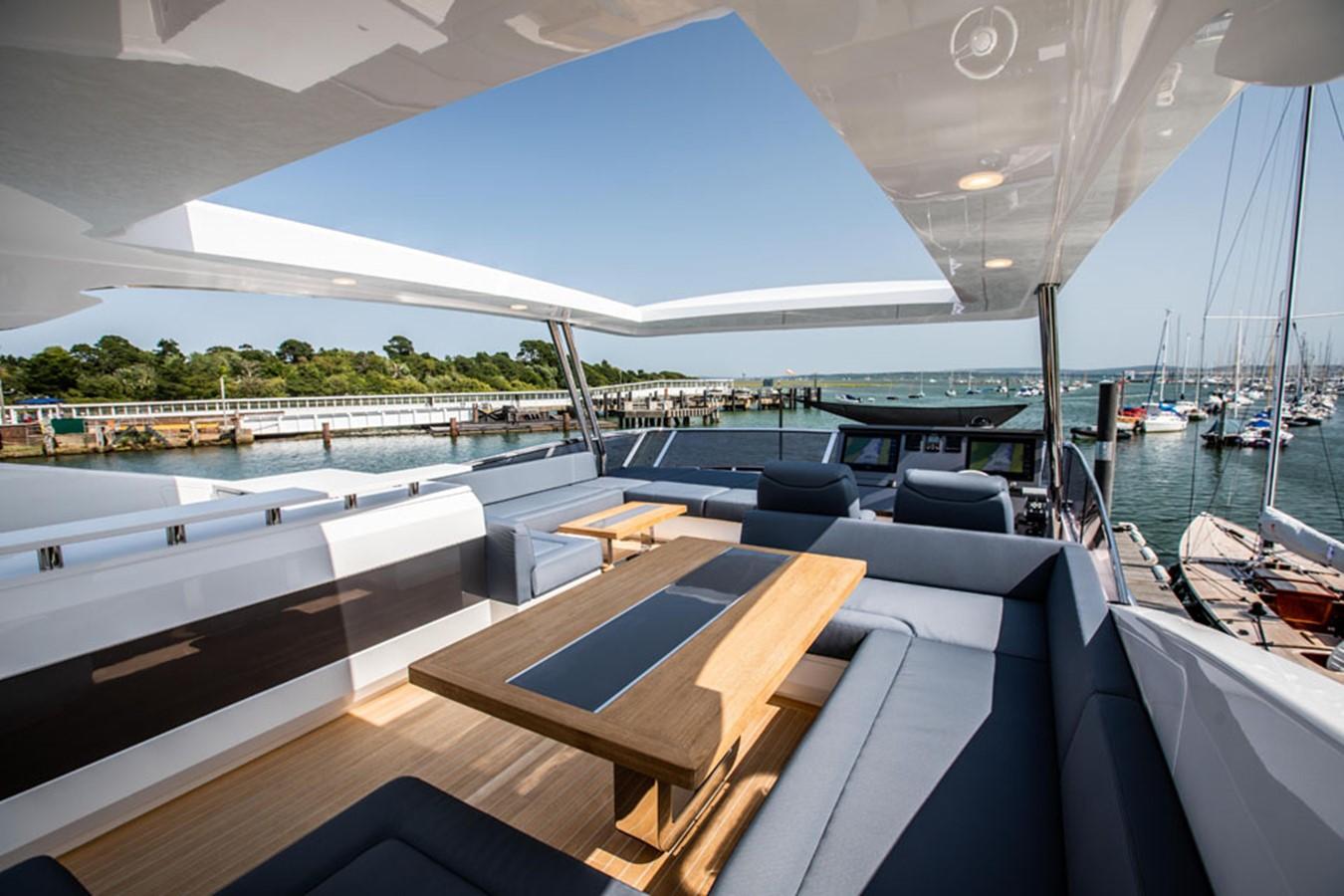 2019 PEARL MOTOR YACHTS Pearl 80 Motor Yacht 2615325