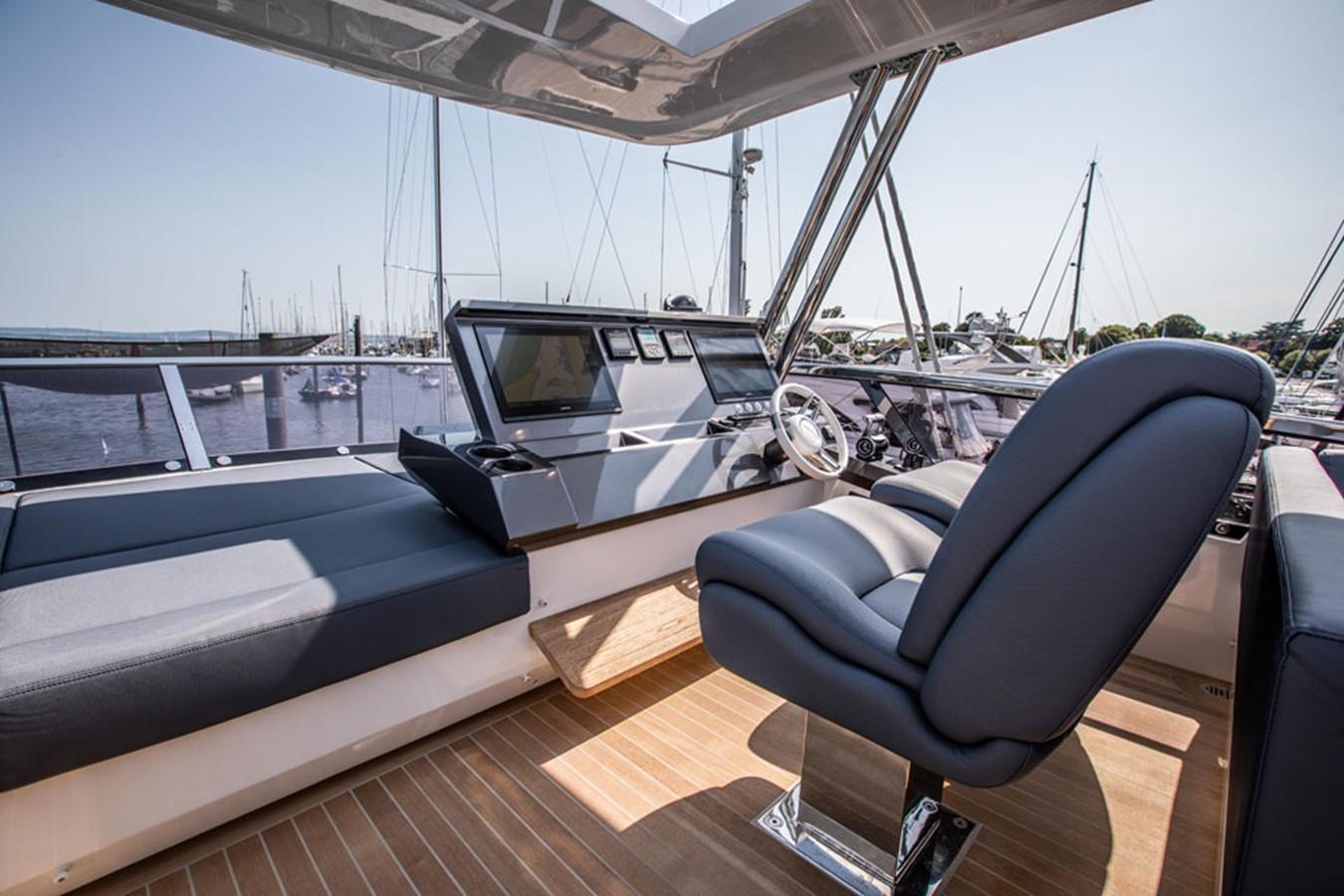2019 PEARL MOTOR YACHTS Pearl 80 Motor Yacht 2615339