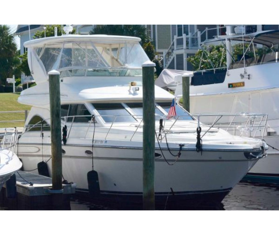 66804838_20180816145024689_1_LARGE 1999 MAXUM 4600 SCB Limited Edition Motor Yacht 2563664