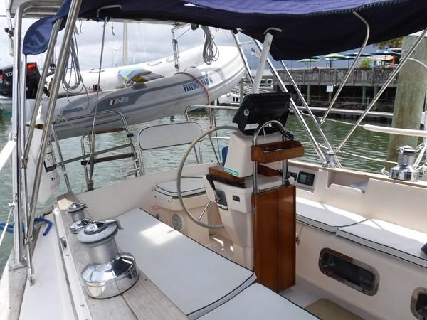 1994 ISLAND PACKET YACHTS  Cruising Sailboat 2564023