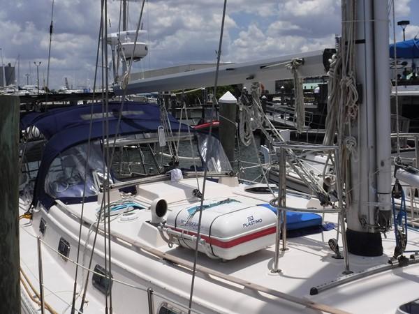 1994 ISLAND PACKET YACHTS  Cruising Sailboat 2564144