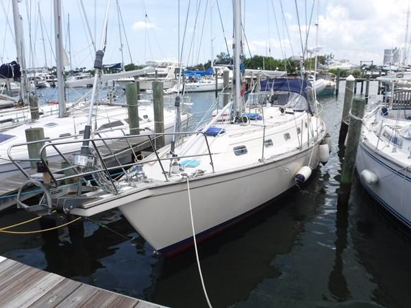 DSCF6157 1994 ISLAND PACKET YACHTS  Cruising Sailboat 2837673