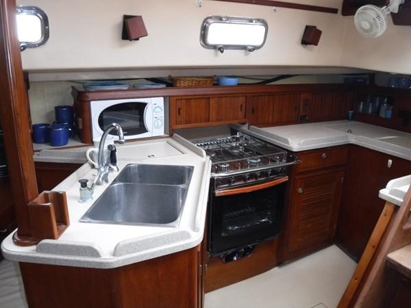 DSCF8568 1994 ISLAND PACKET YACHTS  Cruising Sailboat 2839343