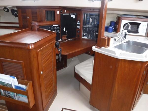 DSCF8569 1994 ISLAND PACKET YACHTS  Cruising Sailboat 2839345