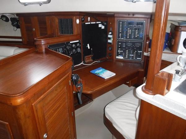 DSCF8595 1994 ISLAND PACKET YACHTS  Cruising Sailboat 2839357