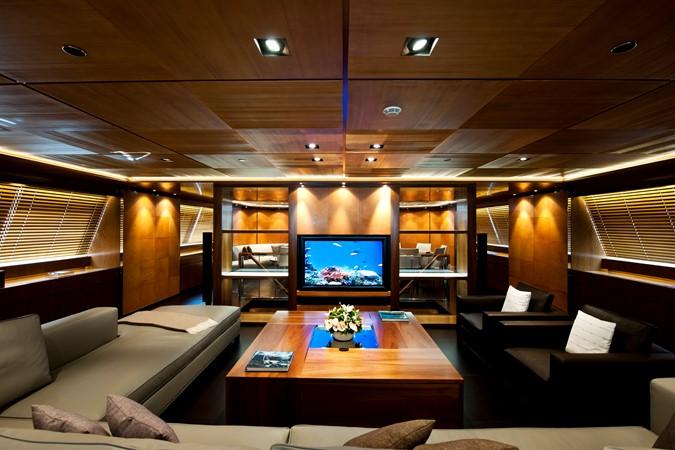 2010 PERINI NAVI  Mega Yacht 2564732