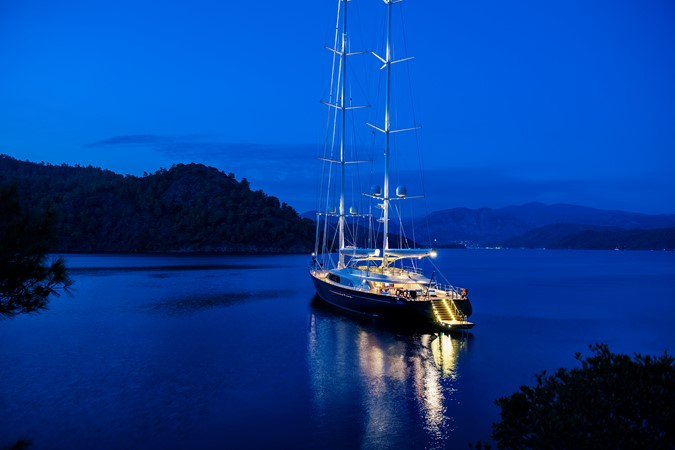 2010 PERINI NAVI  Mega Yacht 2564743
