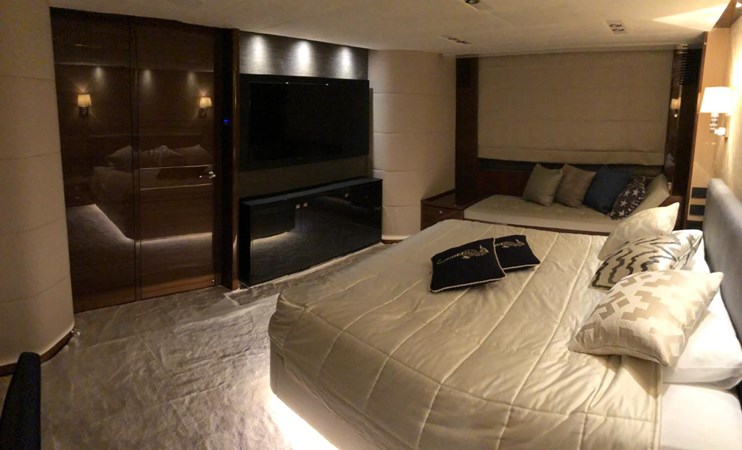 PHOTO-2019-03-29-12-57-02_2 2016 PRINCESS YACHTS Princess 88 Motor Yacht 2571049