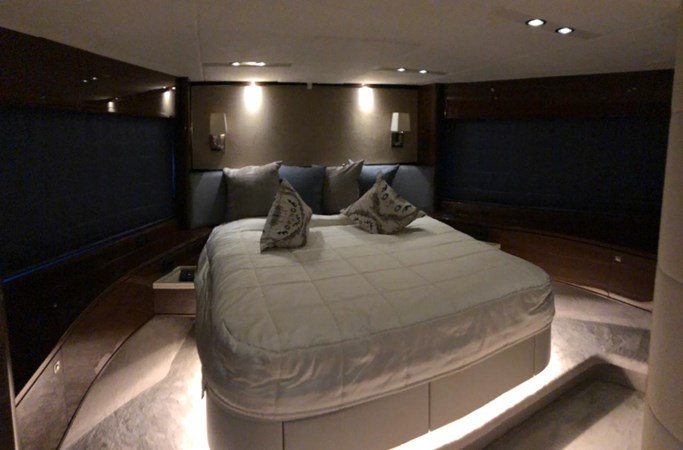 PHOTO-2019-03-29-12-58-08_2 2016 PRINCESS YACHTS Princess 88 Motor Yacht 2571063