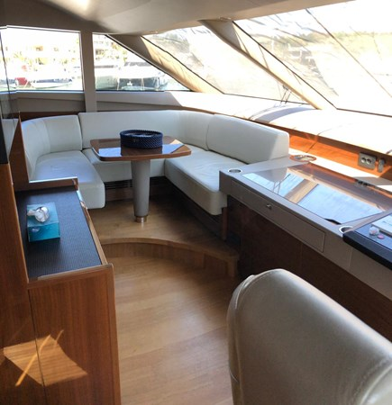 PHOTO-2019-03-29-12-58-09_4 2016 PRINCESS YACHTS Princess 88 Motor Yacht 2571070