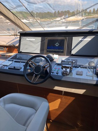 PHOTO-2019-03-29-12-58-11_3 2016 PRINCESS YACHTS Princess 88 Motor Yacht 2571079