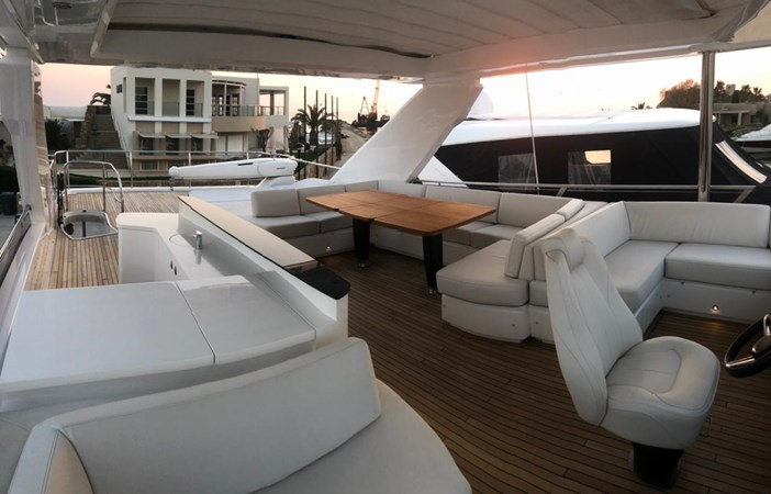PHOTO-2019-03-29-12-58-20 2016 PRINCESS YACHTS Princess 88 Motor Yacht 2571119