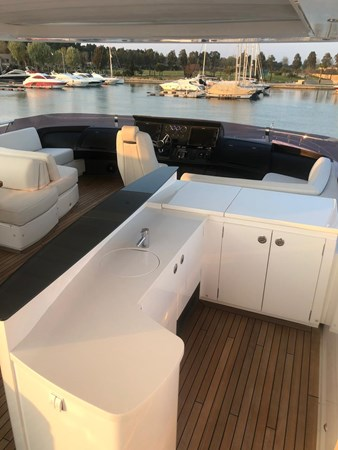 PHOTO-2019-03-29-12-58-22_1 2016 PRINCESS YACHTS Princess 88 Motor Yacht 2571129