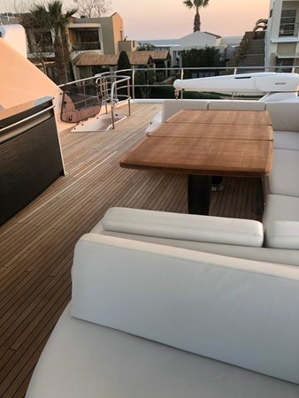 PHOTO-2019-03-29-12-58-22_3 2016 PRINCESS YACHTS Princess 88 Motor Yacht 2571131