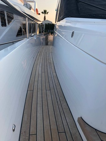 PHOTO-2019-03-29-12-58-23_3 2016 PRINCESS YACHTS Princess 88 Motor Yacht 2571136
