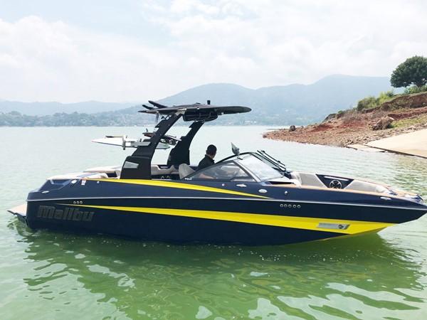 2018 MALIBU M235 Runabout 2566847
