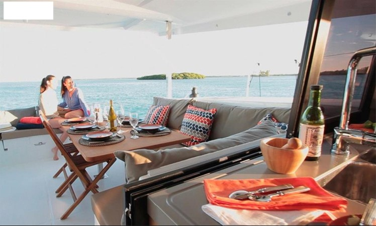 2017 Fountaine Pajot 40 - For Sale in the SE USA 2017 FOUNTAINE PAJOT  Catamaran 2567481