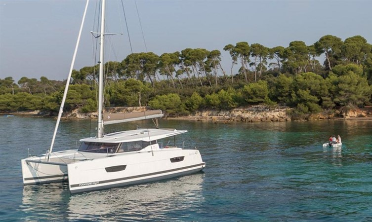 2017 Fountaine Pajot 40 - For Sale in the SE USA 2017 FOUNTAINE PAJOT  Catamaran 2567482