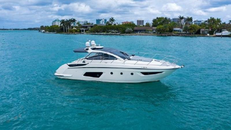 7017779_20190320111236797_1_XLARGE 2013 AZIMUT  Motor Yacht 2699084