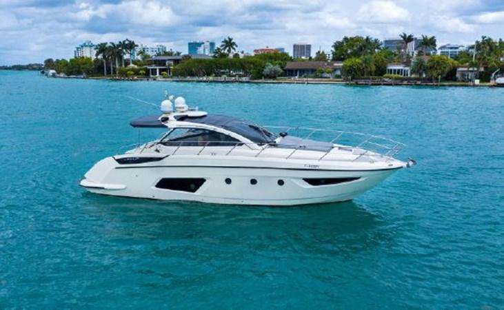 7017779_20190320111243956_1_XLARGE 2013 AZIMUT  Motor Yacht 2699085