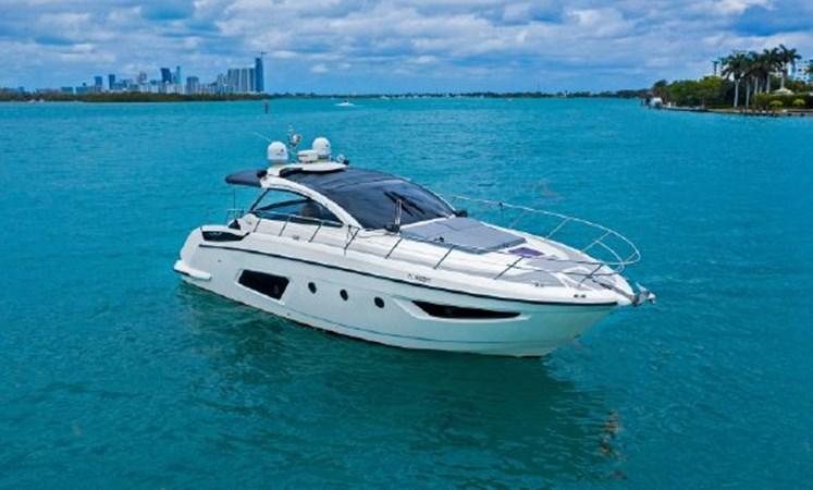 7017779_20190320111258134_1_XLARGE 2013 AZIMUT  Motor Yacht 2699087