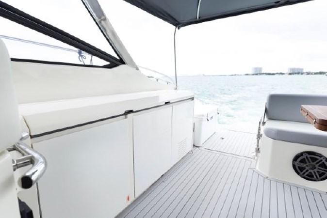 7017779_20190319143514305_1_XLARGE 2013 AZIMUT  Motor Yacht 2699116
