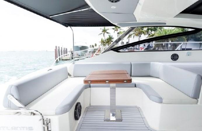7017779_20190319143519205_1_XLARGE 2013 AZIMUT  Motor Yacht 2699117
