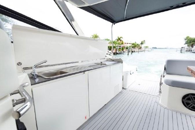 7017779_20190319143524853_1_XLARGE 2013 AZIMUT  Motor Yacht 2699118