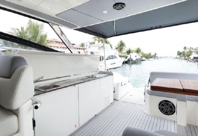 7017779_20190319143535495_1_XLARGE 2013 AZIMUT  Motor Yacht 2699120