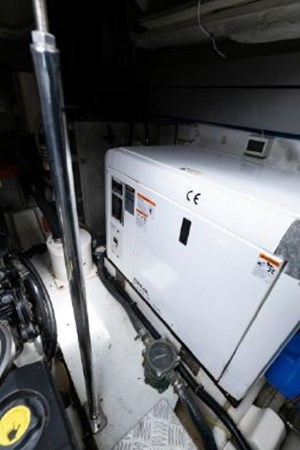 7017779_20190319143613382_1_XLARGE 2013 AZIMUT  Motor Yacht 2699127